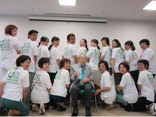 日野原重明名誉会長の特別講義~「在宅看護の新しい役割は真のケア」~