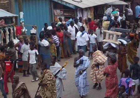 ガーナの啓発活動