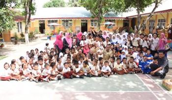インドネシア 州レベル制圧活動促進 ~WHOハンセン病制圧大使のゴロンタロ州訪問~