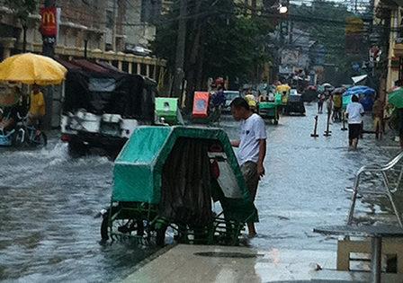 フィリピンより洪水の様子