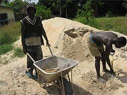 [ガーナ]ハンセン病定着村における衛生・生活環境改善支援(公衆トイレと市場建設)