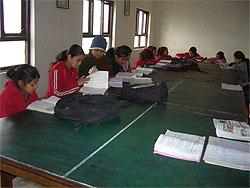 [ネパール]ハンセン病患者・回復者の子女への奨学金支援