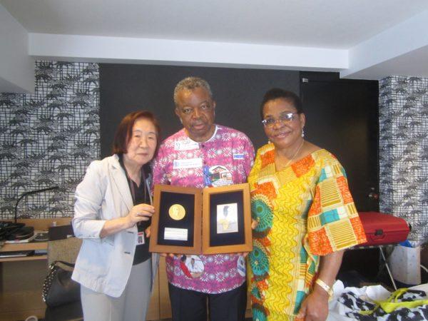 おめでとう!! パパムエンベ 第3回野口英世アフリカ賞受賞